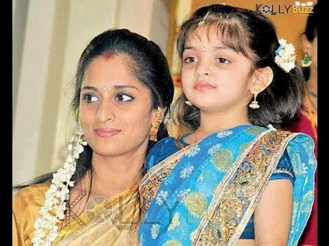 Pics For Gt Ajith Shalini Daughter In Half Saree