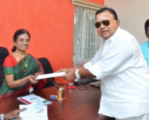 Radha Ravis nomination for dubbing union election Stills